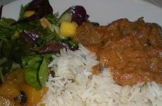 indisk-lamb-curry-med-hjemmelavet-mangochutney